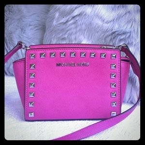 6c3ce86b4d9a ... buy michael kors studded selma mini hot pink like new 0170a 99d67